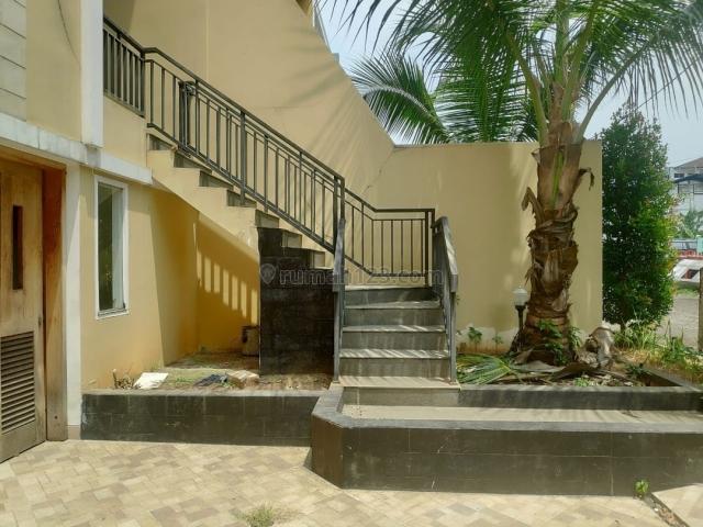 Rumah 3 lantai mewah kolam renang pribadi di kalibata, Kalibata, Jakarta Selatan