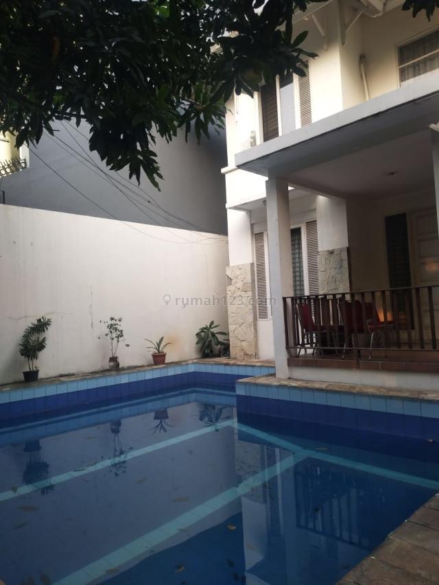 Rumah di jl kemang utara mampang jakarta selatan, Mampang, Jakarta Selatan