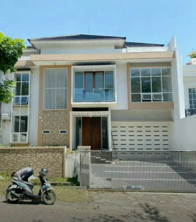 MURAH Rumah Graha Famili Surabaya Barat Modern Minimalis, Graha, Surabaya