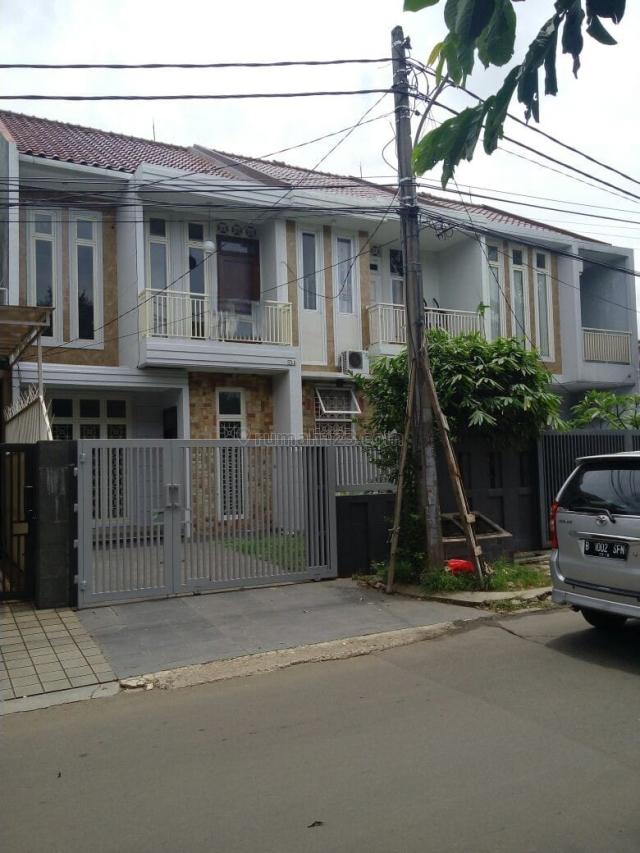 Rumah di Megapolitan Cinere, Cinere, Jakarta Selatan