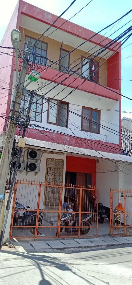 Turun Harga!!!  Rumah Kost2an 17 Kamar Jl Maramba-BCS, Luas 7x15m2, Kelapa Gading, Jakarta Utara