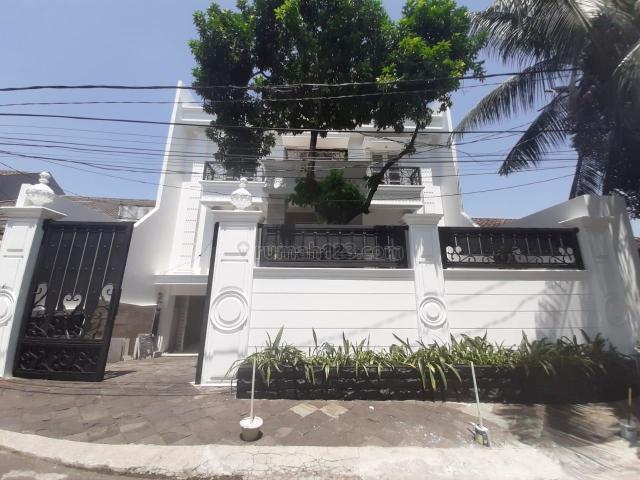 Rumah Bagus Kebayoran Baru 4 Br Jakarta Selatan, Kebayoran Baru, Jakarta Selatan