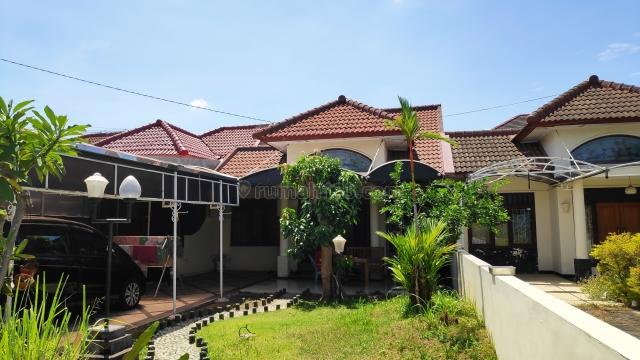 Rumah minimalis dan cocok untuk keluarga, Darmo permai, Surabaya