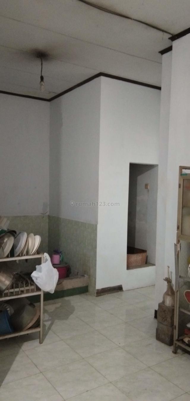Rumah SHM Cilincing 2 Lantai Bonus Kios Siap Pakai, Cilincing, Jakarta Utara