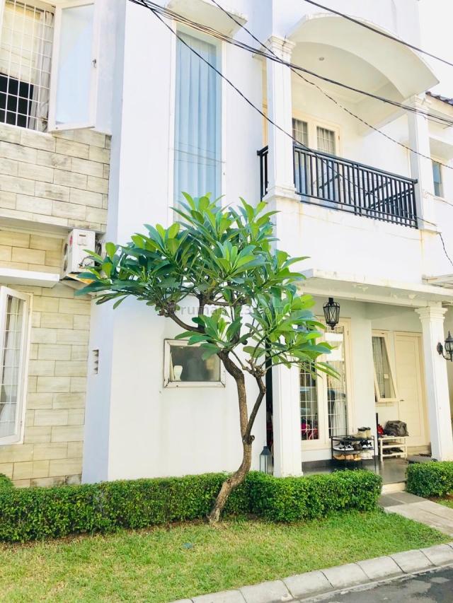 Dibawah Harga Pasaran Rumah Cantik Townhouse Area Pancoran 3+1BR Nego, Pancoran, Jakarta Selatan