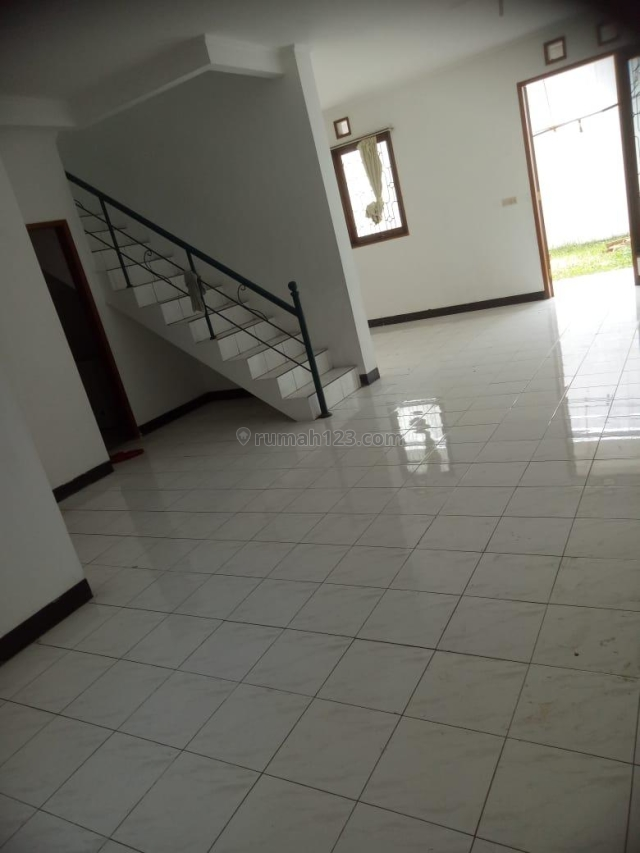 Rumah di Setraduta Bandung, Setra Duta, Bandung