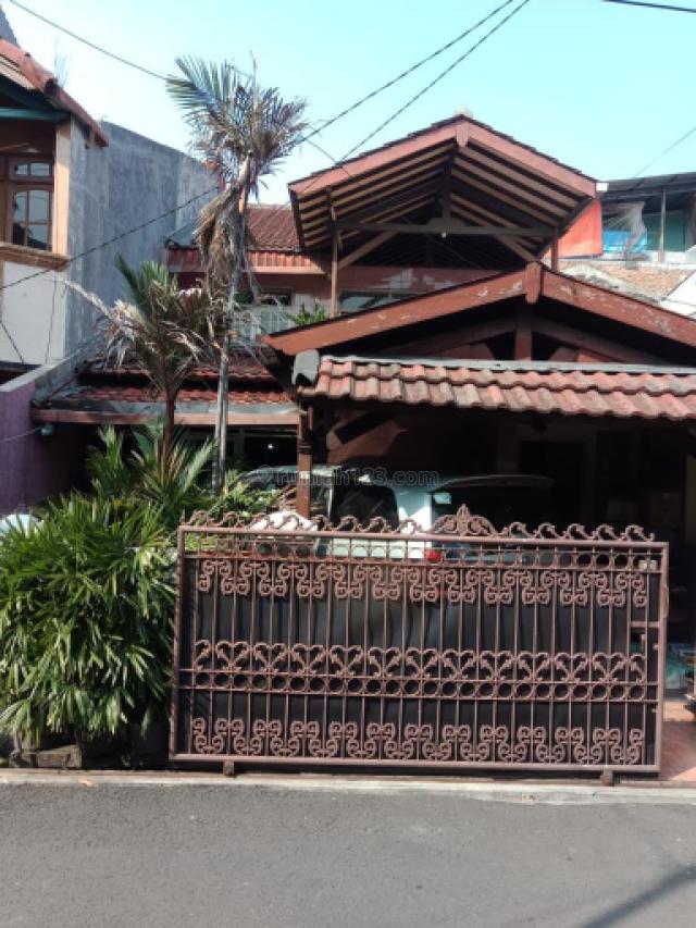 Rumah 1,5 Lantai  di Rawabadak Jakarta Utara, Rawa Badak, Jakarta Utara