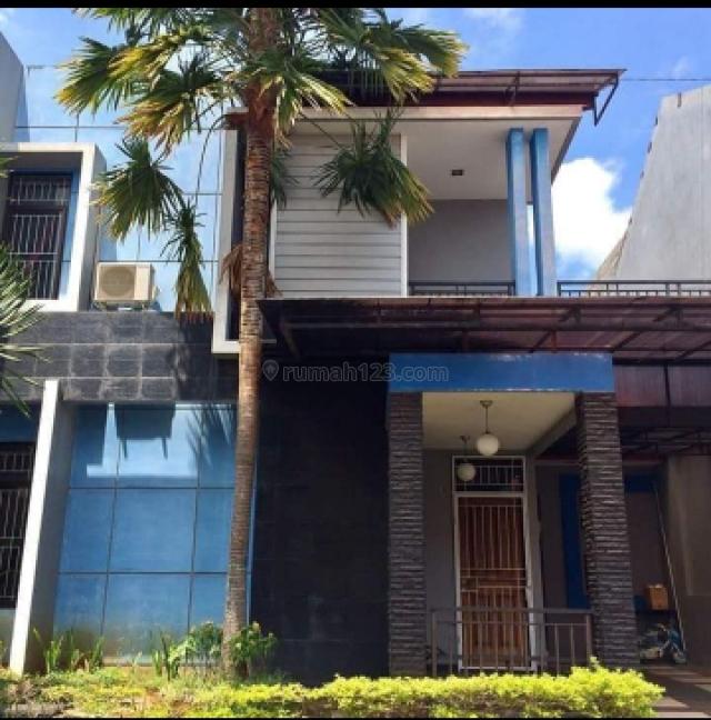 rumah megah dengan security 24 jam di ungaran, Ungaran Timur, Semarang