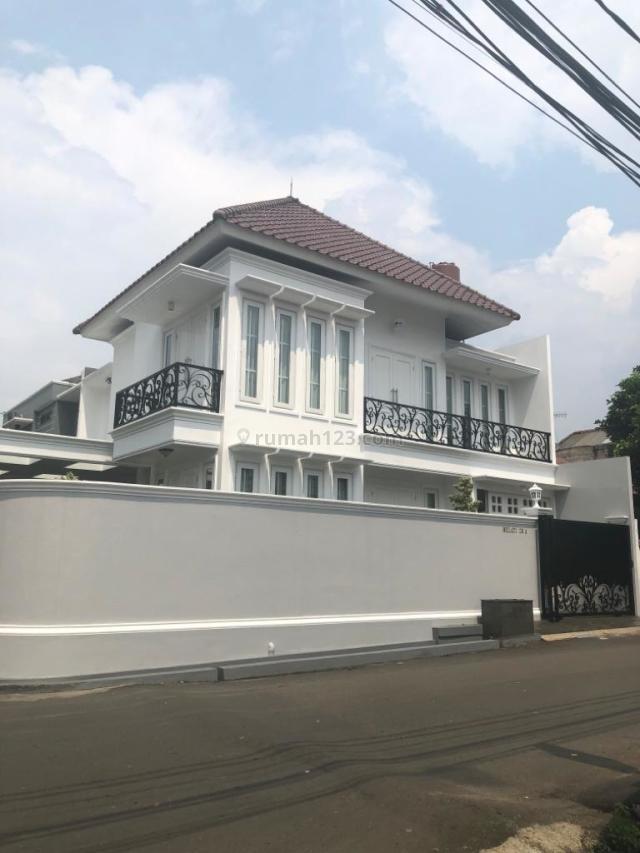 Rumah Mewah Clasic Modern Bangunan Baru Cipete, Cipete, Jakarta Selatan