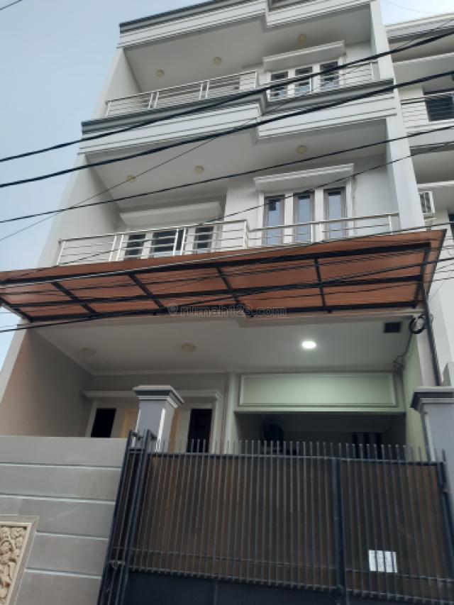 rumah bagus, minimalis, bersih, nyaman dan siap huni, Tanjung Duren Selatan, Jakarta Barat
