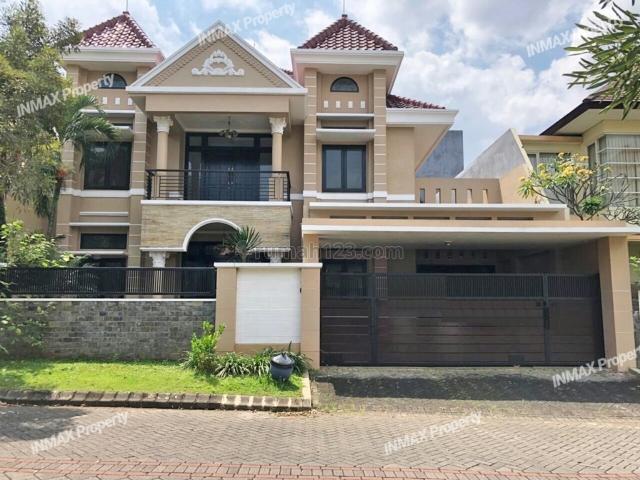Rumah Mewah Luas di Istana Dieng Tengah, Dieng, Malang