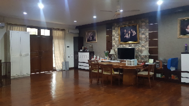 Rumah Luas Di Muara Karang, Selatan, Muara Karang, Jakarta Utara