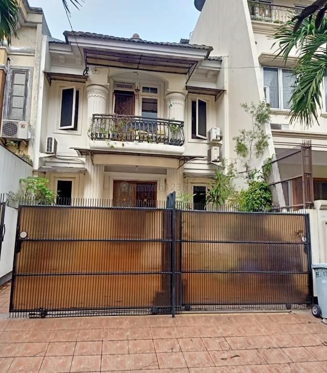 Disewakan rumah cantik furnished di Cira Garden 2 Ext, Kalideres - Jakarta Barat #0046-JAH, Kalideres, Jakarta Barat