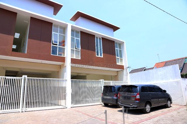 Rumah Kost Aktif Murah Kamar Mandi Dalam, 2 Menit ke Raya Borobudur, Soekarno Hatta, Malang
