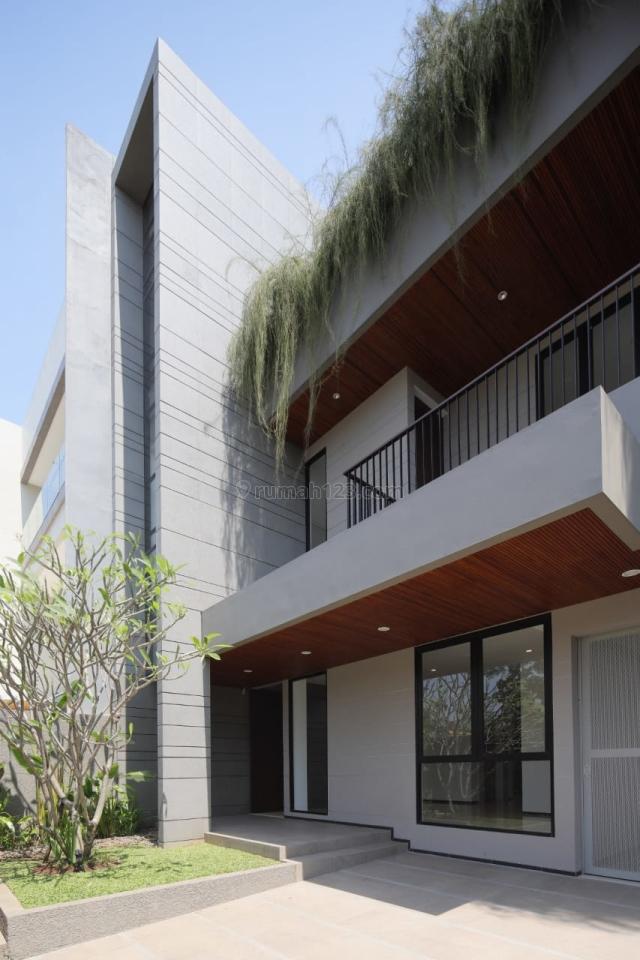 Rumah Siap Huni 300m di Pantai Indah Kapuk Jakarta Utara, Pantai Indah Kapuk, Jakarta Utara