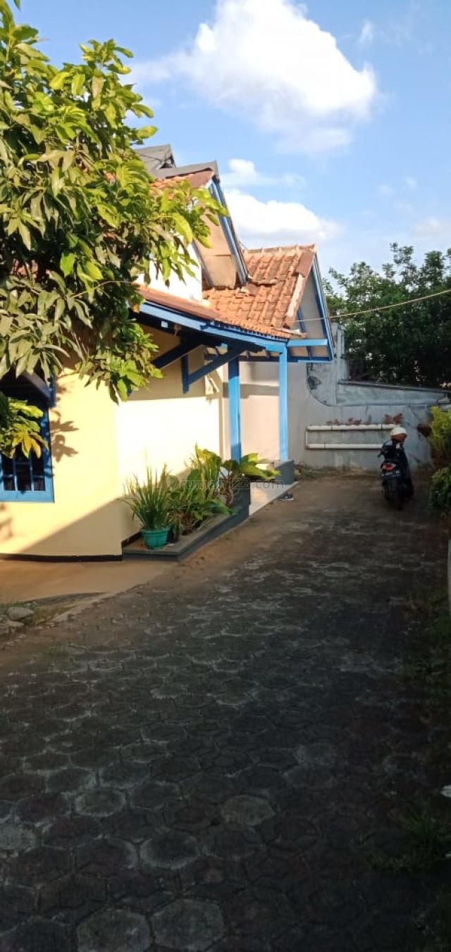 Rumah lama Lt 319 Di Cilengkrang Cibiru Bandung, Cilengkrang, Bandung
