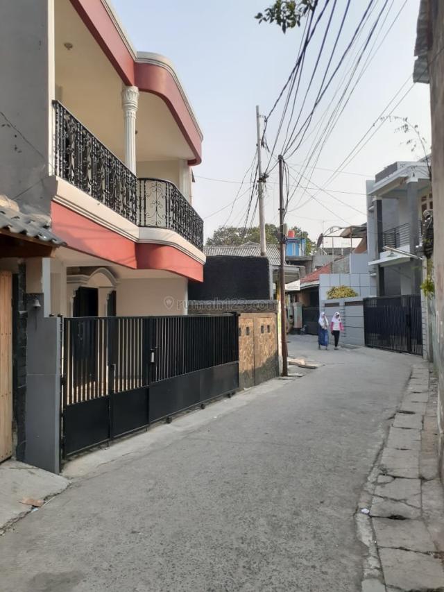 Rumah 2 Lt MURAH MERIAH area Kebon Baru, Tebet, Tebet, Jakarta Selatan