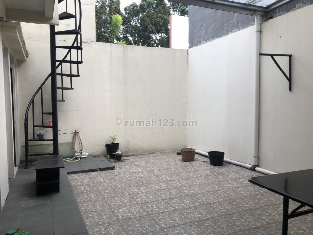 Rumah di greenlake city,cluster amerika latin,Uk.8x18m,Harga:65 jt/thn, Green Lake City, Jakarta Barat