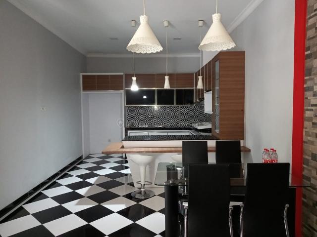 Rumah di greenlake city,cluster west europe,Hoek,Uk.8x15m,Harga:85 jt/thn, Green Lake City, Jakarta Barat
