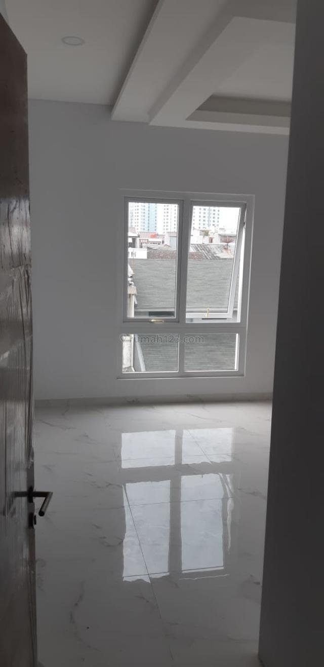 Rumah Muara karang, brand new siap huni, rapih 082122772780, Muara Karang, Jakarta Utara