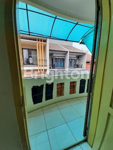 Rumah menteng lingkungan semi cluster jarang ada, Tanjung Duren Selatan, Jakarta Barat