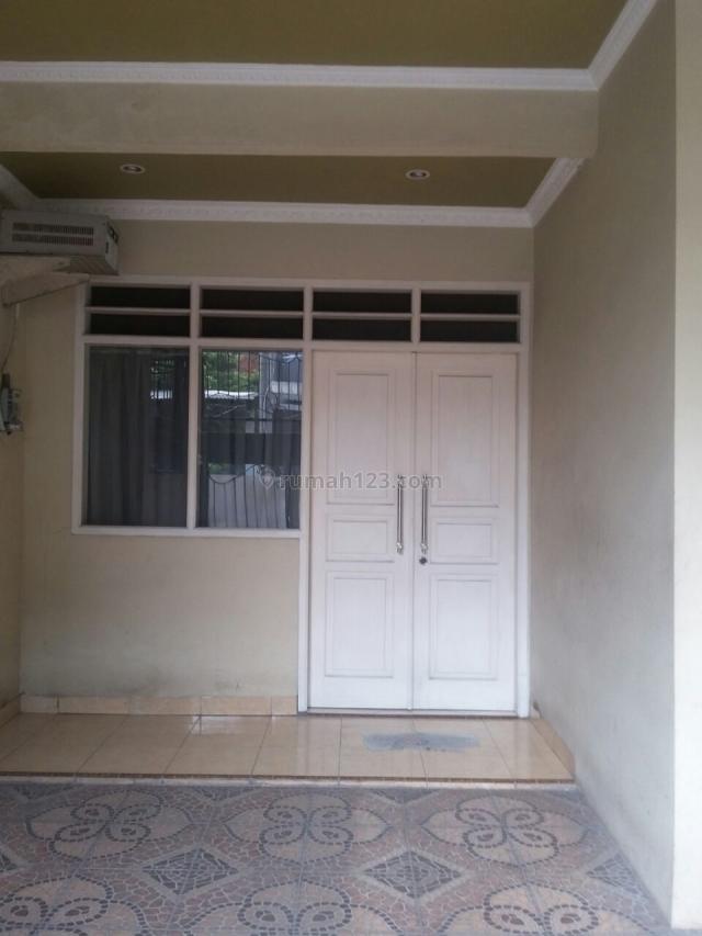 Rumah di Perum Kresik Indah 1, Cengkareng, Jakarta Barat