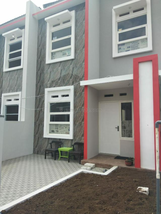 Rumah 2 lantai Joyoagung kota malang Ready stock, Dinoyo, Malang