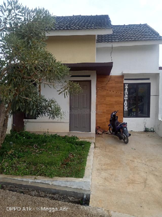 Rumah Asri, Strategis, dengan konsep Minimalis, Padalarang, Bandung