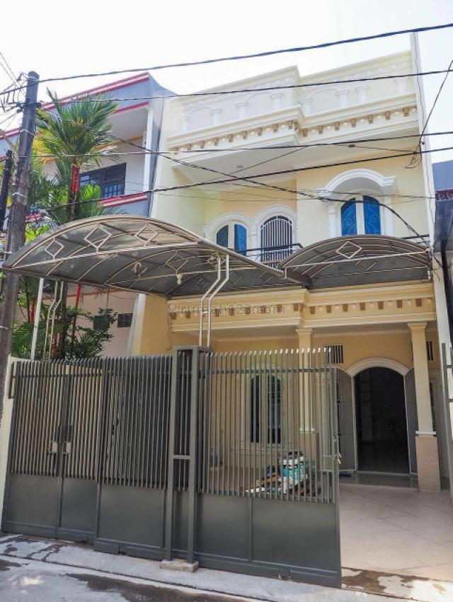 rumah 2½ lantai hadap Barat, Sunter, Jakarta Utara