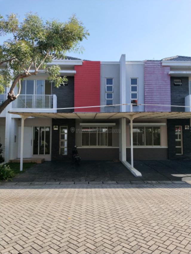 Rumah 2,5 lantai di cluster Amerika Green Lake City, Green Lake City, Jakarta Barat