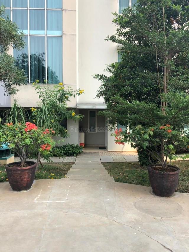 TOWN HOUSE PANTAI MUTIARA,HARGA NEGO, Pantai Mutiara, Jakarta Utara
