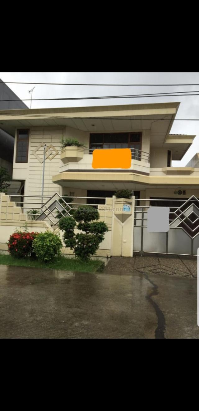 Rumah Pluit Putri Dalam, Penjaringan, Jakarta Utara