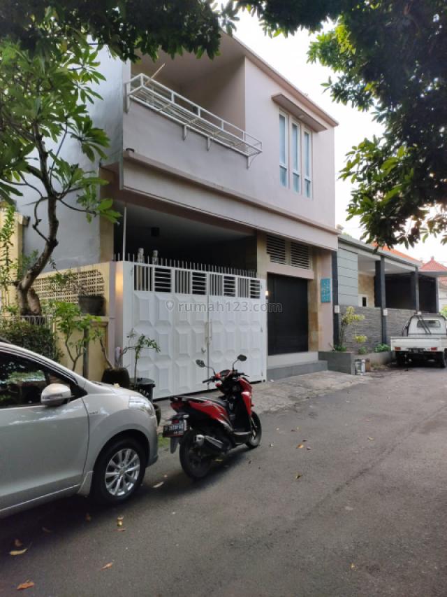 Rumah Minimalis +Usaha Laundry Di Taman Griya Jimbaran, Jimbaran, Badung