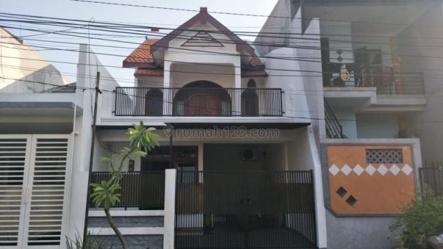 Rumah Tingkat Strategis di Tengah Kota Surabaya P0101, Wonokromo, Surabaya