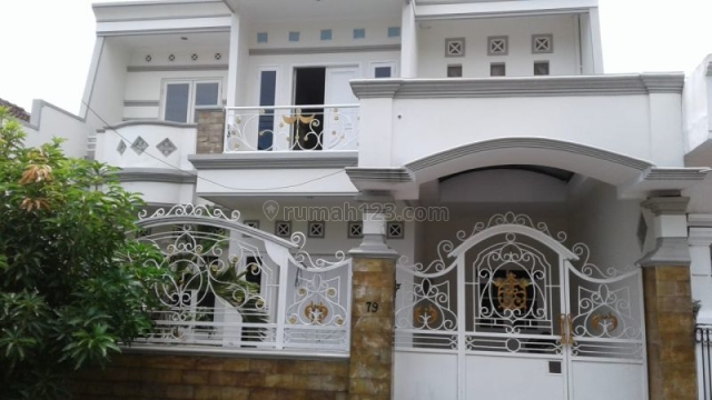 Rumah dalam Cluster Nirwana Eksekutif, Surabaya (MERR) P0103, Rungkut, Surabaya