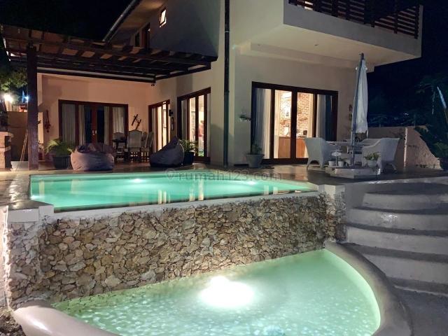 beautiful villa fully furnished view laut di Labuan bajo, Labuan Bajo, Manggarai Barat