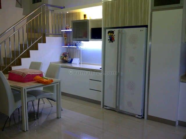 Rumah bagus 8x20 di grogol lokasi strategis (CGRG02), Grogol, Jakarta Barat