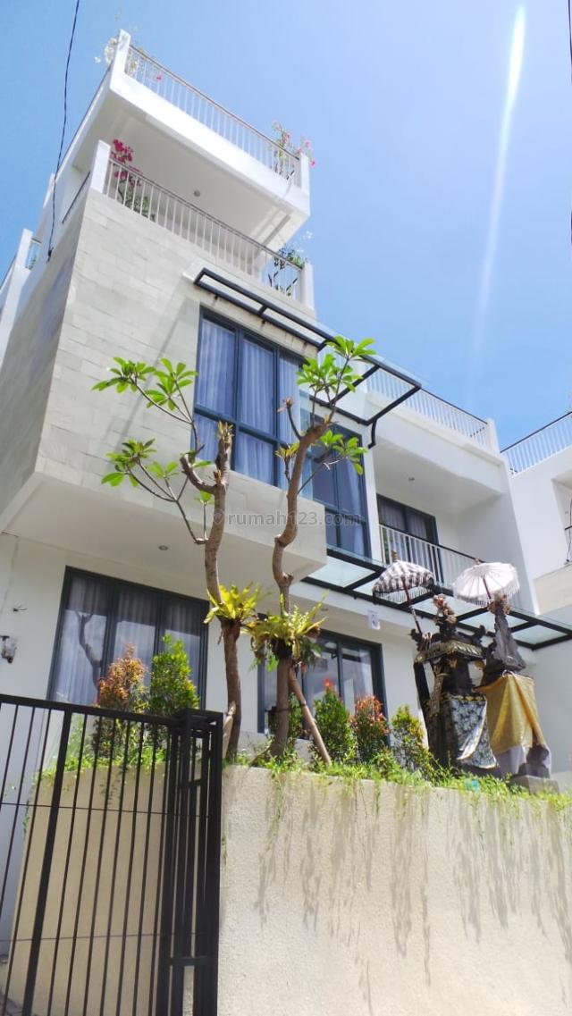 Nice 5BR Villa @ Jimbaran Bay - With Sea View and Pool, Kuta, Badung