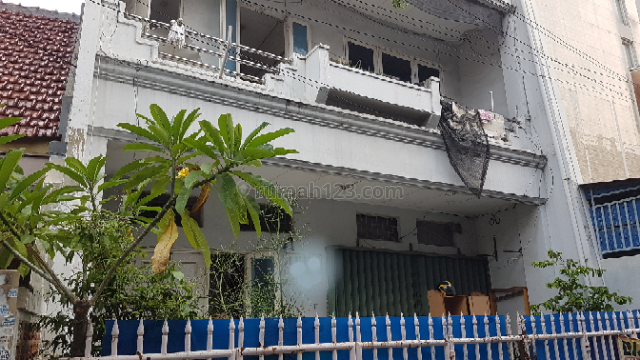 Rumah kost2 an 16 Pintu di Grogol, Jakarta Barat.(kode rmrg806), Grogol, Jakarta Barat