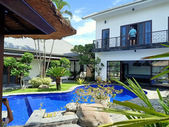 luxury villa brawa canggu dkt pantai fins beach nelayan batubolong, Canggu, Badung
