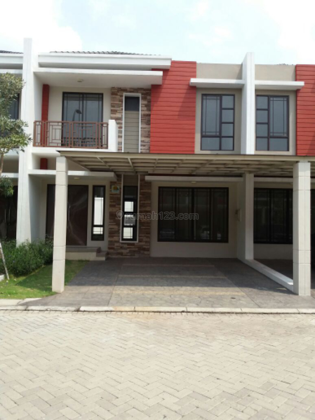 Rumah siap huni di cluster Asia green lake city, Green Lake City, Jakarta Barat