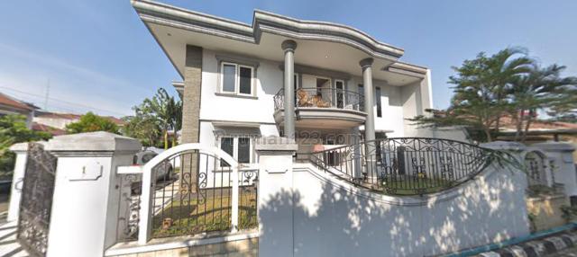 Rumah Hook View Taman Luas Akses Langsung Jl. Raya TB.Simatupang, Dalam Komplek, Harga Nego, TB Simatupang, Jakarta Selatan