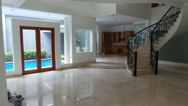 NICE HOUSE FOR EXPATRIATE, Pondok Indah, Jakarta Selatan