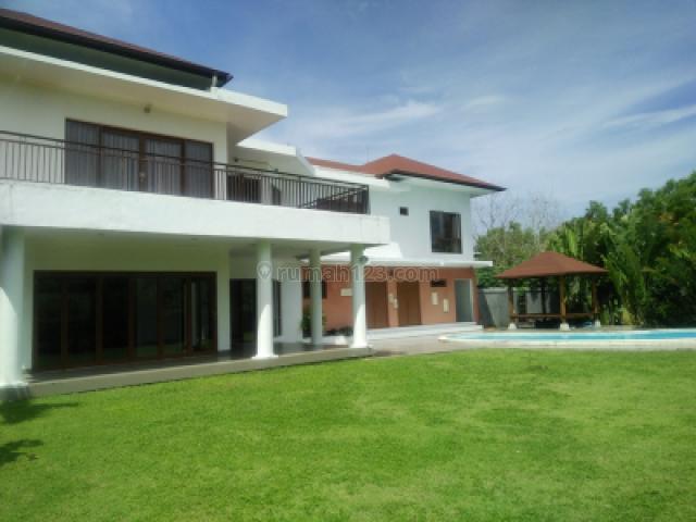 Beautiful villa with Golf course view and Lift in Pecatu Indah Resort Pecatu Jimbaran,Kuta selatan,Badung Bali, Pecatu, Badung