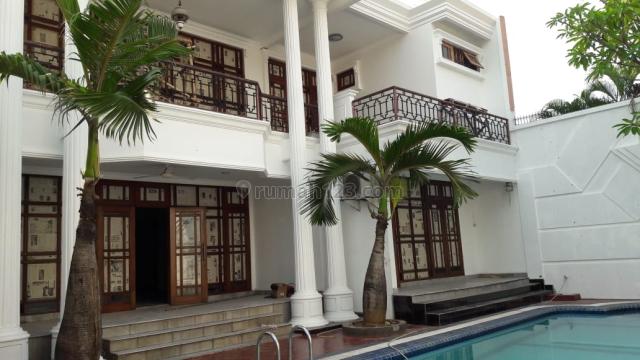 Rmh Cantik sdh Renovasi dgn 6 KT dan Swimming Pool cocok untuk Expatriates, Pondok Indah, Jakarta Selatan