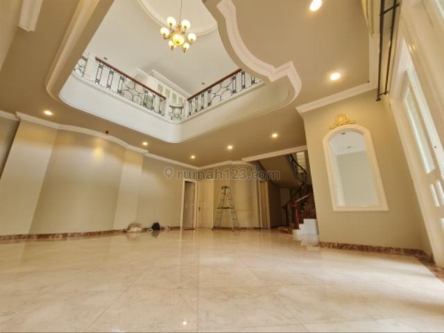 Luxury Pondok Indah House with Poll for Lease, Pondok Indah, Jakarta Selatan