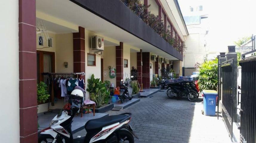 Kost elite di Tuban Kuta , 16 kamar - Kondisi full terisi, Kuta, Badung