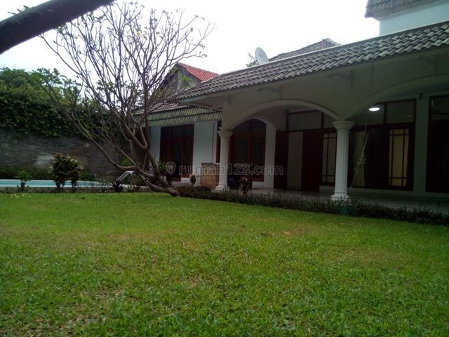 """Beautiful House In Kemang For Expatriat and Others """" The Price Can Be Negotiable """", Kemang, Jakarta Selatan"""