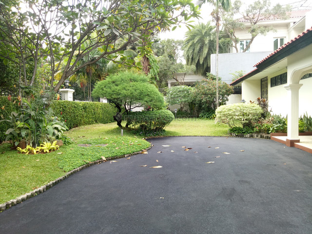 Luxury and Huge House suitable for Embassy , Government in Senopati area Ready for Rent, Senopati, Jakarta Selatan