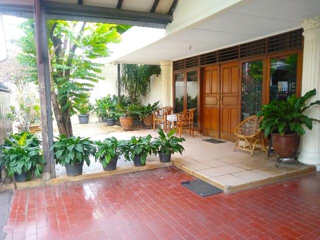 Rumah lama (LT 700 M) Siap Huni, Bebas Banjir, akses Jalan 2 Mobil, area Kebon Baru, Tebet, Tebet, Jakarta Selatan